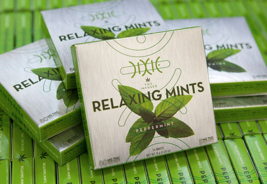 dixie-edibles-packaging-design_copy